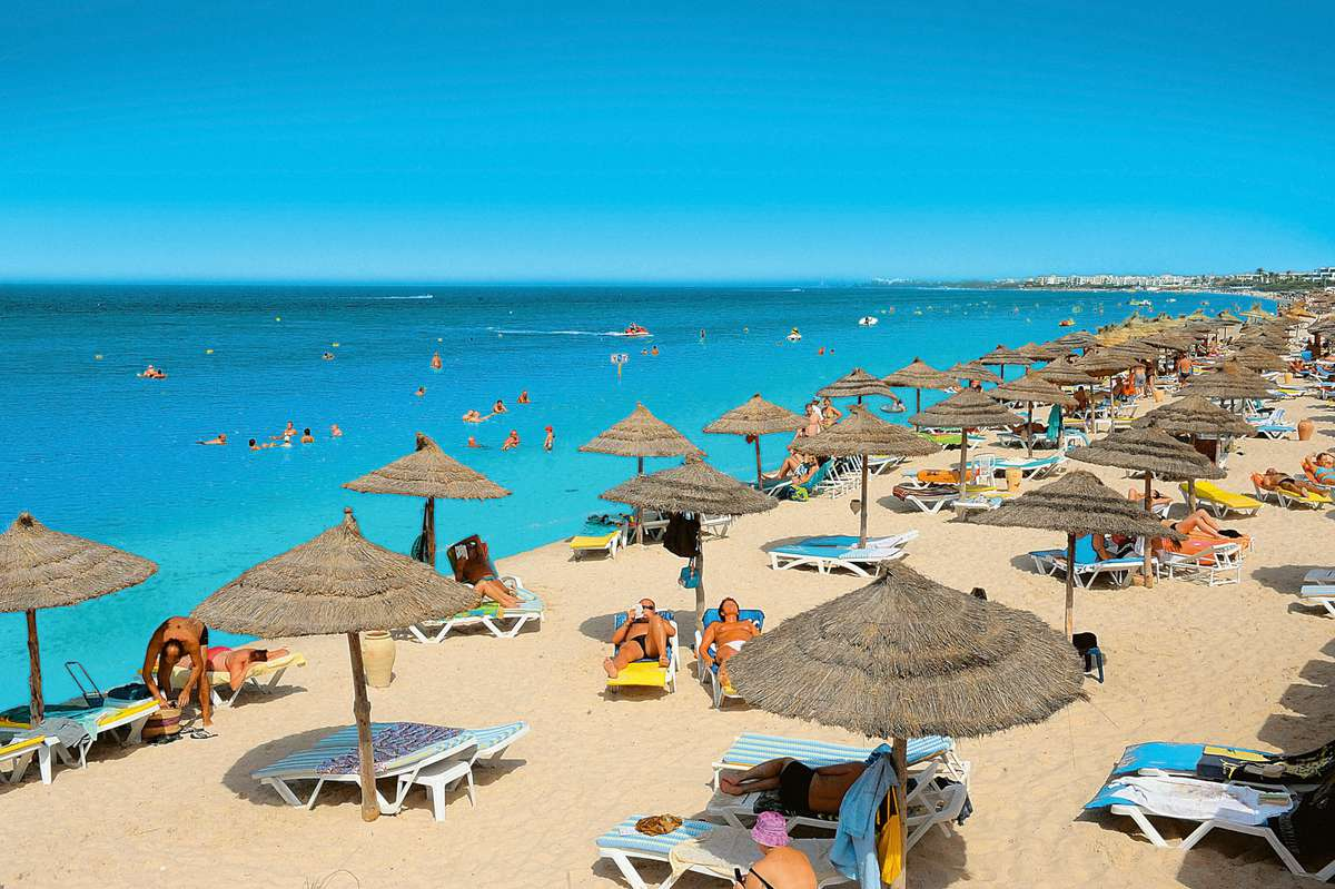 Власти Туниса возвращают туристический сбор