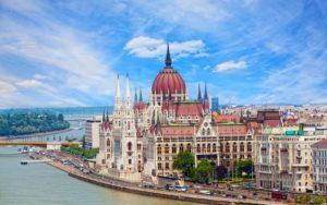 Болгария открывает свои двери для туристов