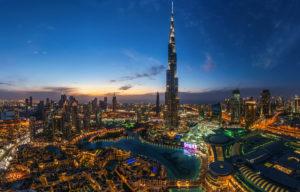 На улицах Дубая появились десятки тысяч европейских туристов