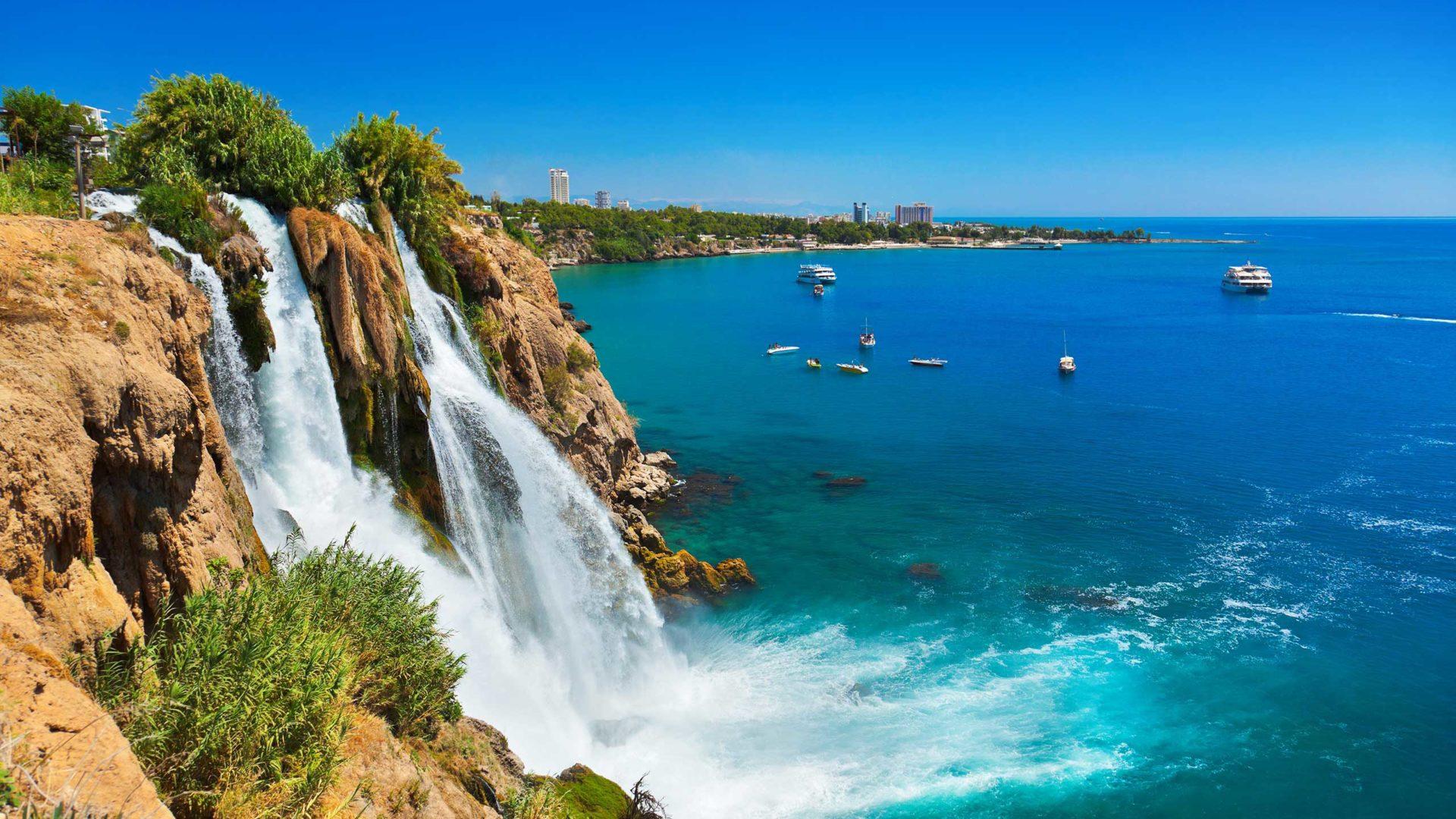 Когда возобновится туристический сезон: прогнозы турецких властей