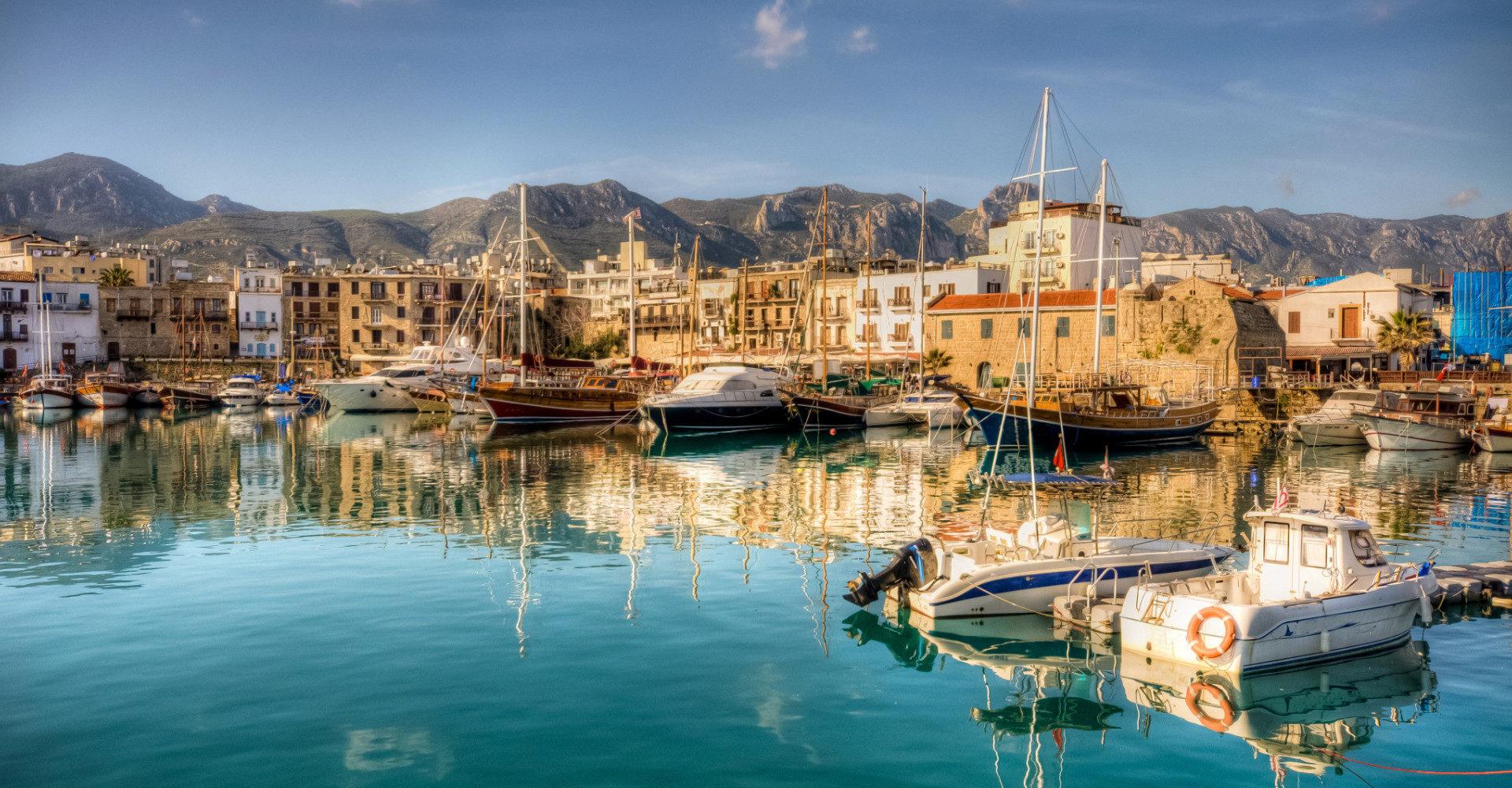 С 1 марта Кипр ждет туристов из России