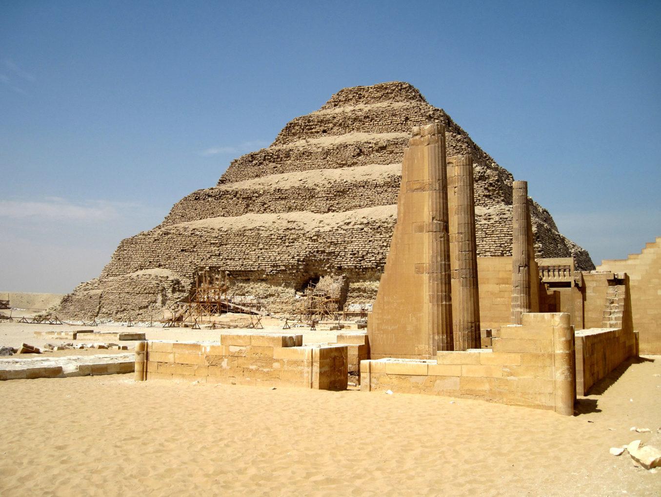 Россия возобновила авиасообщение с Египтом