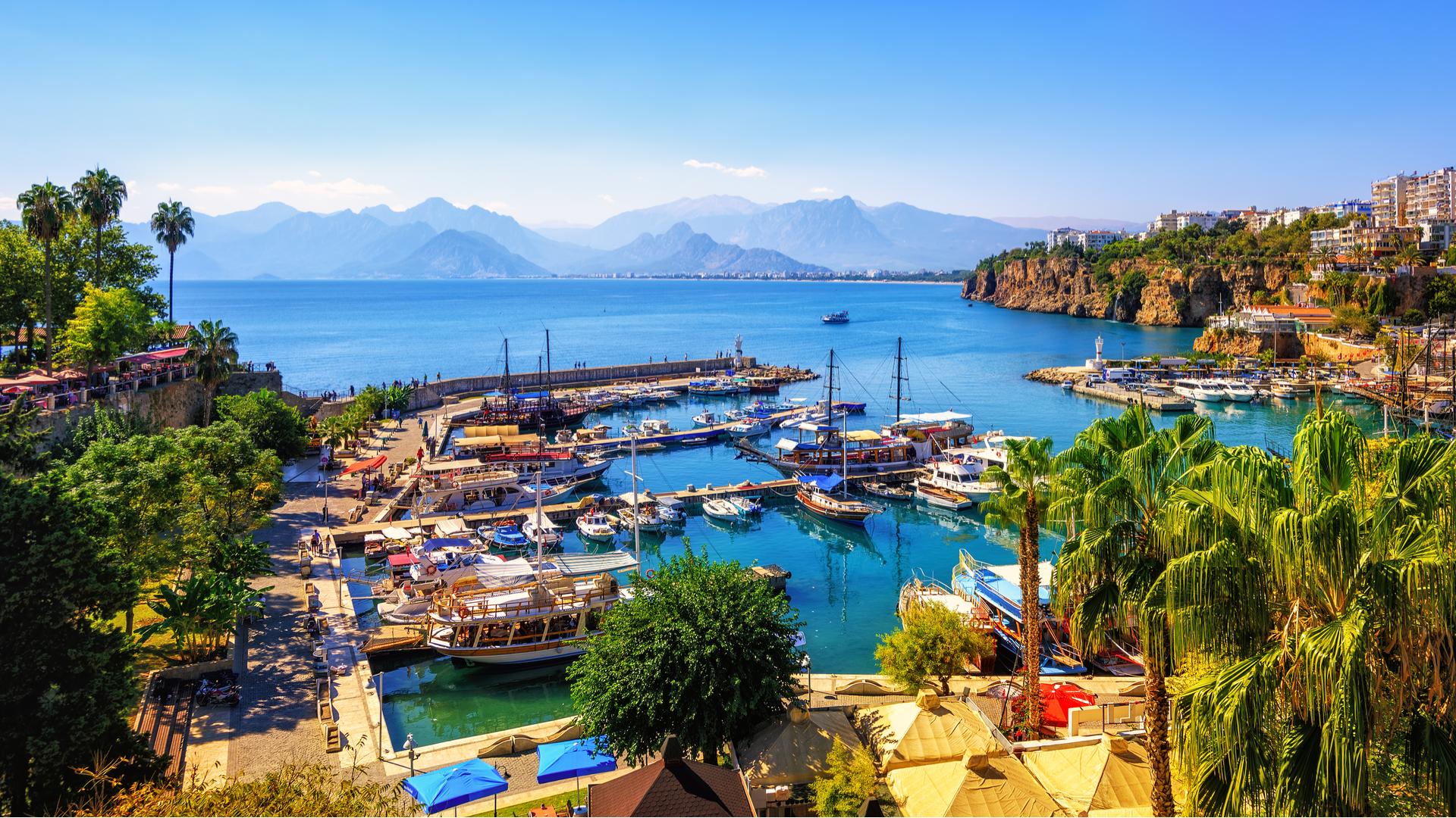 Лучшие места для купания в Европе этим летом