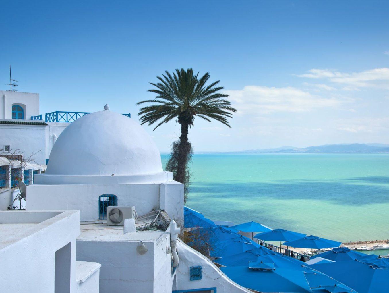 Греция уходит на карантин, отели остаются открытыми