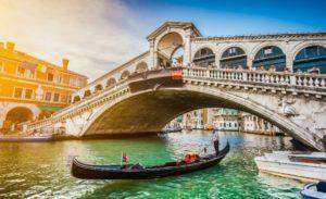 В Венеции введут налог для туристов